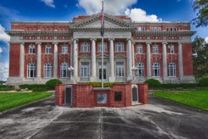 De Soto County Courthouse
