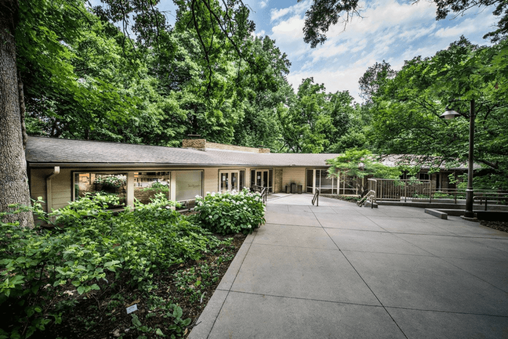 Compton Gardens And Conference Center
