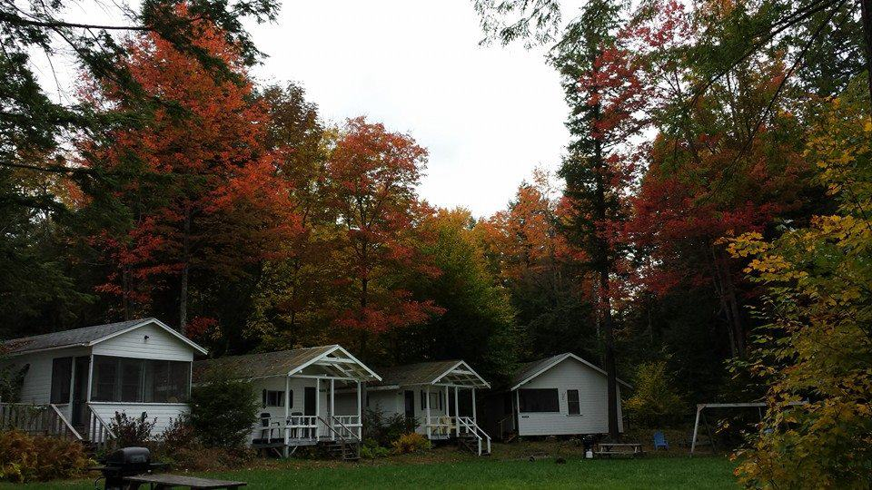 Echo Lake Lodges And Cottages