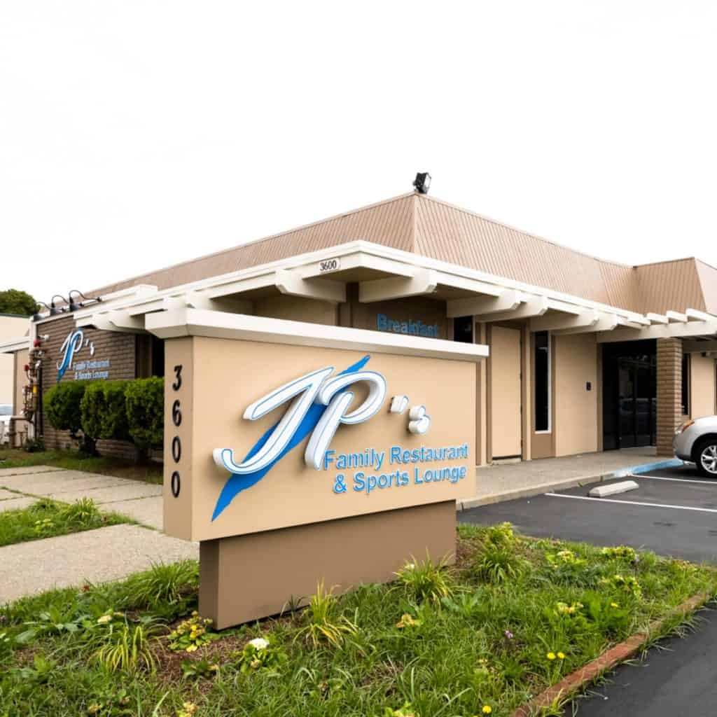 JP's Family Restaurant & Sports Lounge