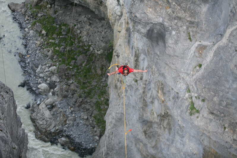 Canyon Swing in Grindelwald