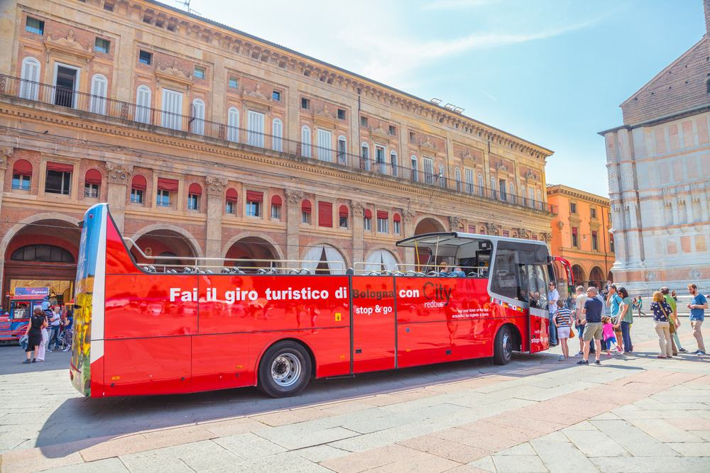Red Bus City Tour in Bolgona